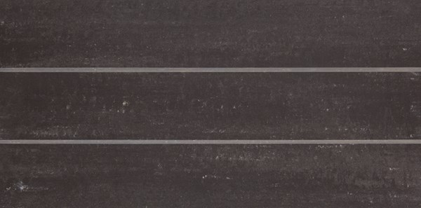 Sierlijke vloertegel in de kleur zwart van Dissel BV | Groothandel in Sanitair en Installatiematerialen