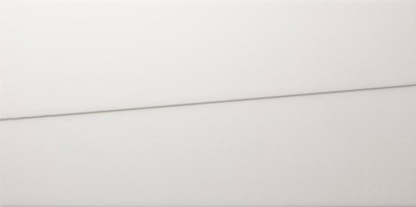 Sierlijke wandtegel in de kleur wit van Dissel BV   Groothandel in Sanitair en Installatiematerialen