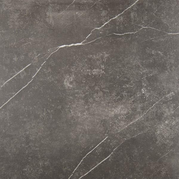 Sierlijke vloertegel in de kleur zwart van Tegelwerken Van Wezel   Tegelhandel en Tegelzetter